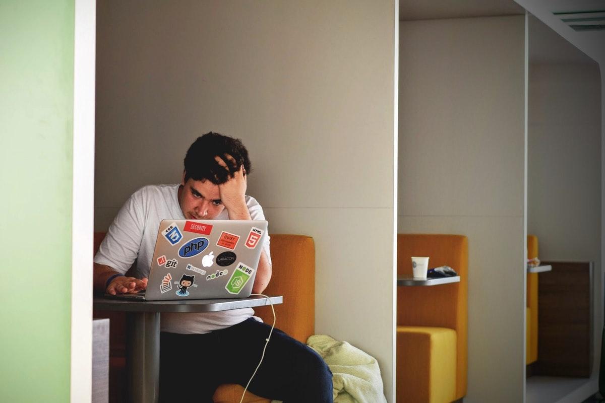 Kamu Kena PHK? Nggak Selalu Karena Kurang Produktif Kok! Ini 4 Alasan Lainnya! 5