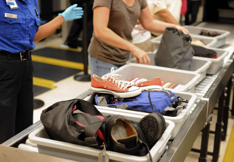 5 Barang Aneh yang Ditemukan Petugas di Bandara 1