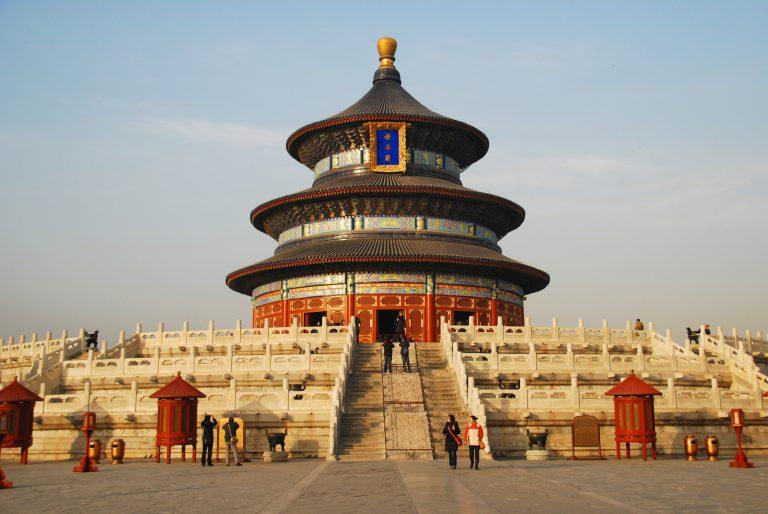 7 Kuil Menakjubkan yang Bisa Kamu Kunjungi di Cina 1