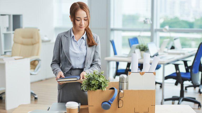 Kamu Kena PHK? Nggak Selalu Karena Kurang Produktif Kok! Ini 4 Alasan Lainnya! 1