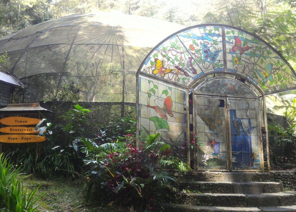 Belajar sambil Rekreasi di Berbagai Tempat Wisata Pendidikan di Indonesia 5