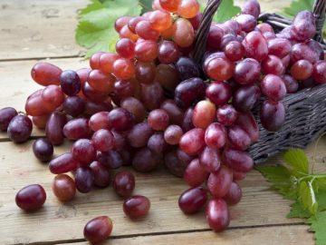 6 Manfaat Mengonsumsi Anggur Merah, Buah Super Kaya Nutrisi 6