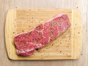 7 Manfaat Mengonsumsi Daging, Bisa Atasi Insomnia Lho! 7