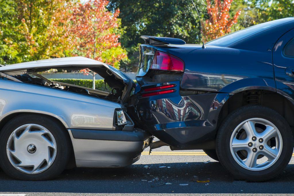 5 Tips Menghindari Kecelakaan Mobil 3