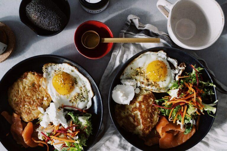 10 Makanan Sehat untuk Menambah Berat Badan dengan Cepat & Aman 1