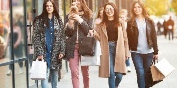 5 Tipe Teman Yang Harus Kamu Waspadai, Jauhi Kalau Perlu 18