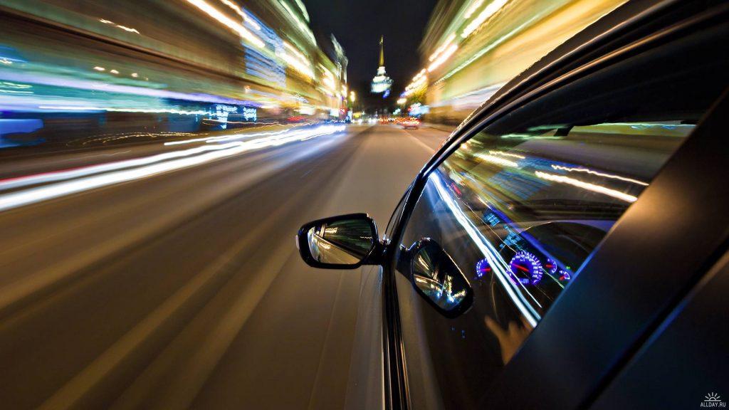 5 Tips Menghindari Kecelakaan Mobil 5