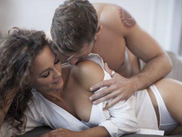 Sakit Saat Bercinta Di Malam Pertama? Ini Tips Biar Nggak Sakit! 13
