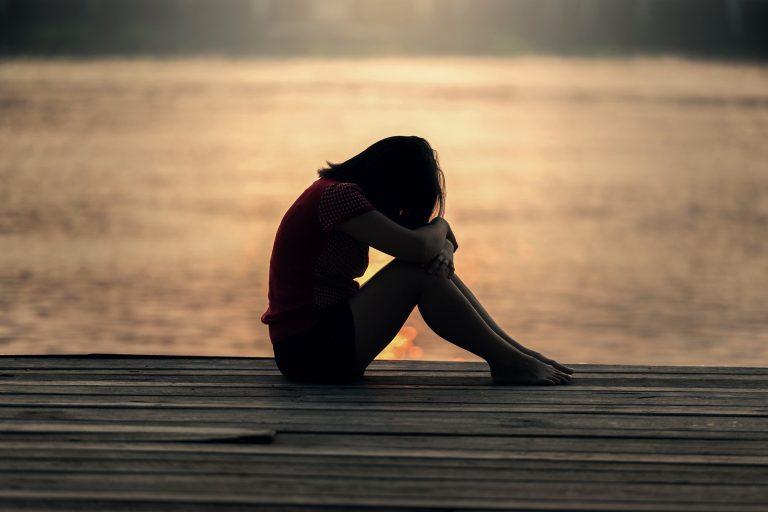 sedih depresi