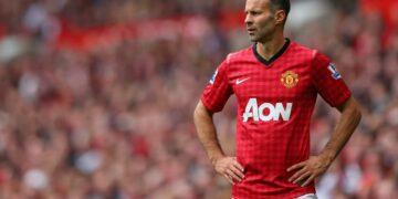 6 Pemain Sepakbola Hebat yang Tidak Pernah Pindah Klub 35