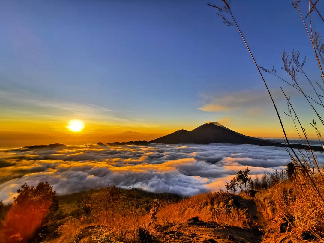7 Geopark Luar Biasa di Indonesia yang Tak Boleh Kamu Lewatkan 5