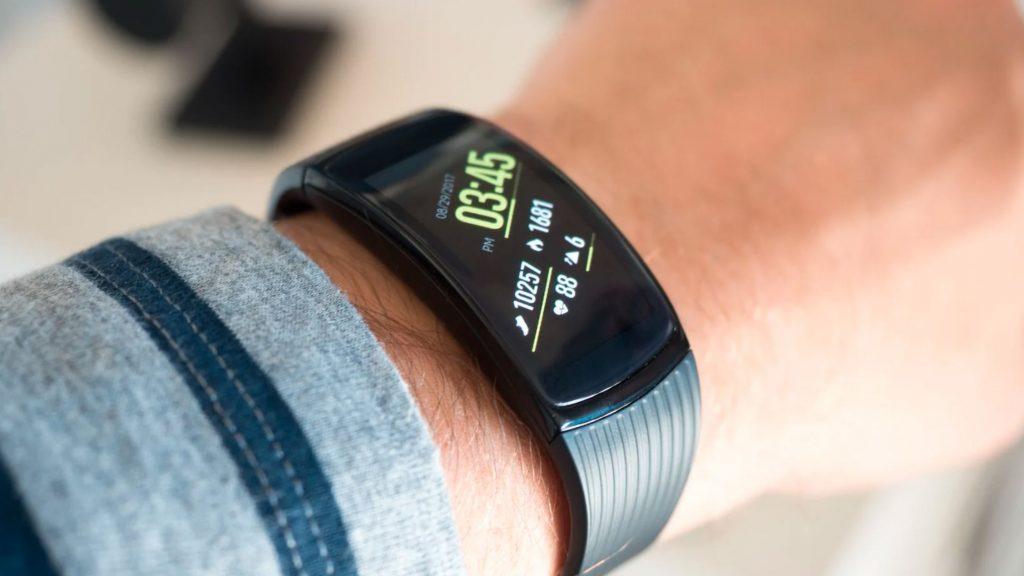 5 Smartband Keren untuk Kamu yang Aktif 6