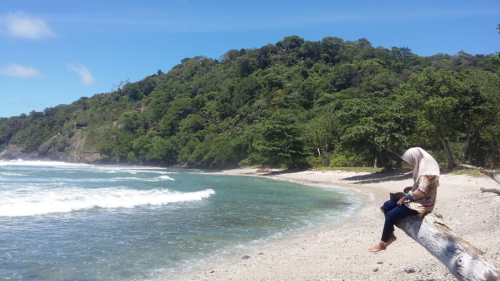 7 Pantai Eksotis di Cilacap yang Wajib Kamu Kunjungi 4