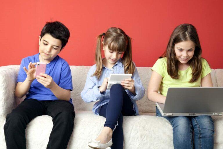 Tips Mengatur Penggunaan Gadget Pada Anak 1