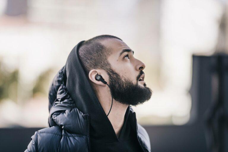 5 Merk Headset Terbaik Untuk Kamu Pecinta Musik 1