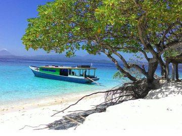 7 Pantai Cantik di Sulawesi Utara yang Mempesona 20