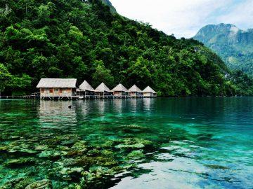 7 Wisata Bahari Menarik di Maluku, Surganya Pecinta Laut! 9