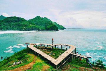 7 Pantai Terbaik di Kebumen untuk Bersantai Saat Liburan 20