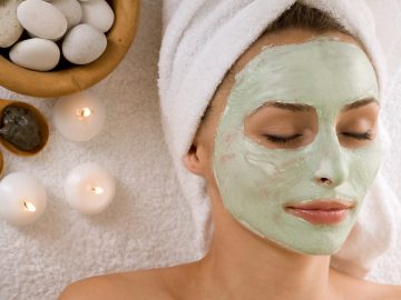 4 Masker Alami yang Ampuh Mencerahkan & Memutihkan Wajah 10
