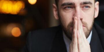 5 Alasan Mengapa Pria Perlu Belajar Menangis 24