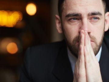 5 Alasan Mengapa Pria Perlu Belajar Menangis 12