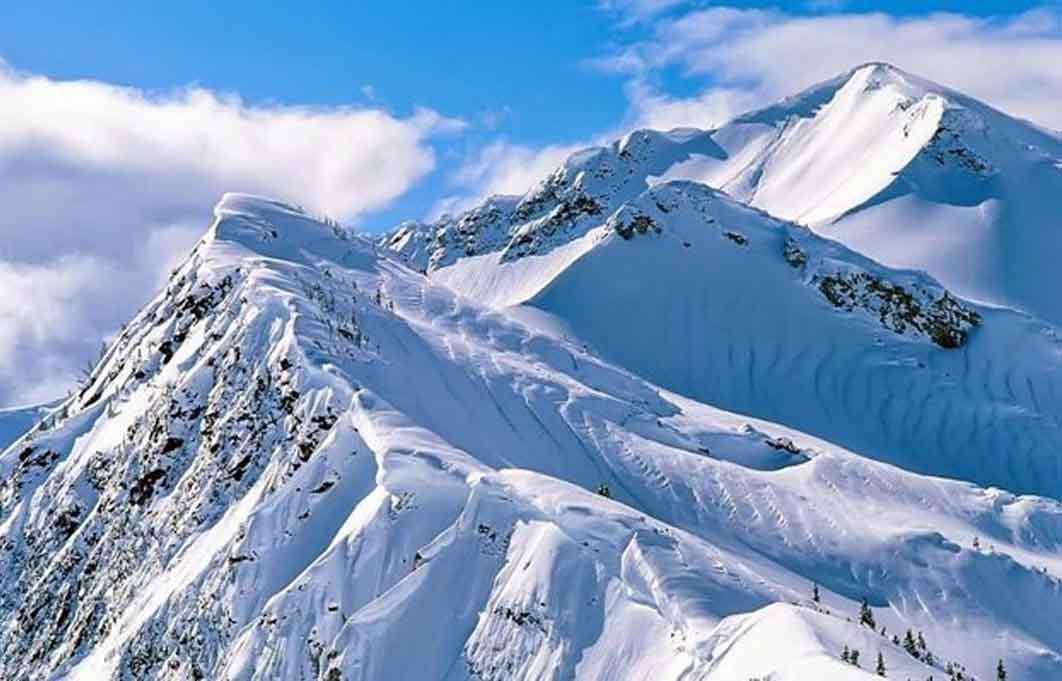 Suka Tantangan? 3 Gunung Papua Ini Layak untuk Didaki 5