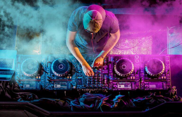 Masa Depan Electronic Dance Music (EDM) & Budaya Indonesia 1