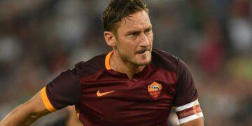 Liga Italia: Berjuang untuk Bangkit Malah Dihajar Corona 26