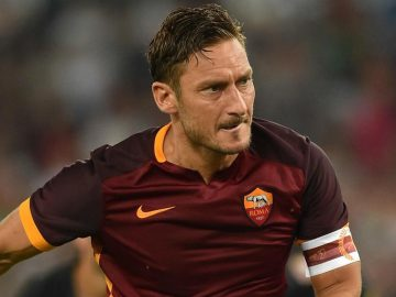 Liga Italia: Berjuang untuk Bangkit Malah Dihajar Corona 16