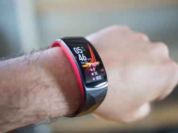 5 Smartband Keren untuk Kamu yang Aktif 15
