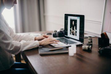 Cara Merawat Laptop Yang Baik & Benar 4