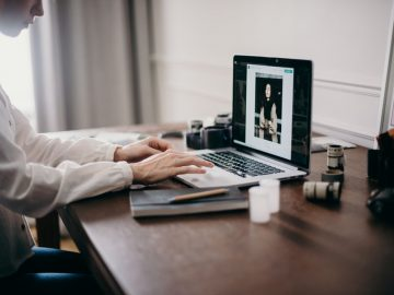 Cara Merawat Laptop Yang Baik & Benar 10
