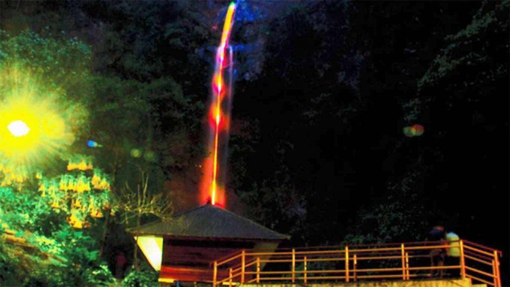 5 Tempat Wisata Bernuansa Alam Di Bandung 4