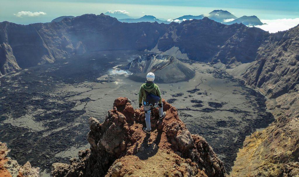 5 Gunung Tertinggi Di Pulau Jawa Tantangan Untuk Kalian Para Pendaki