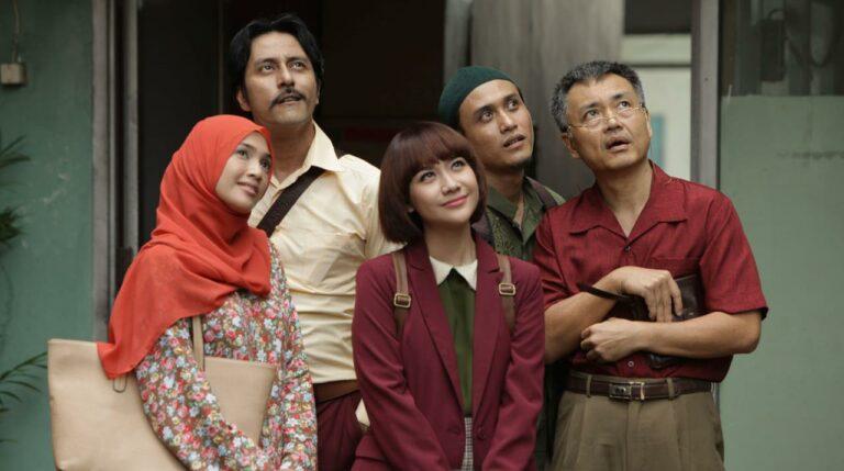 5 Rekomendasi Film Komedi Indonesia Terbaik Yang Bikin Ngakak 1