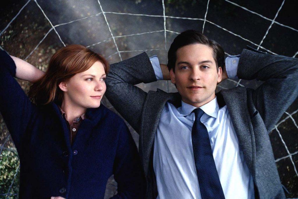 5 Pasangan Terburuk di Film Superhero, Beneran Gak Cocok! 3