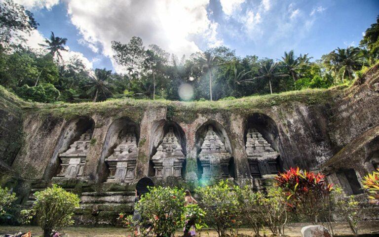 Tempat Wisata Seram Di Indonesia Yang Bikin Kamu Penasaran 1