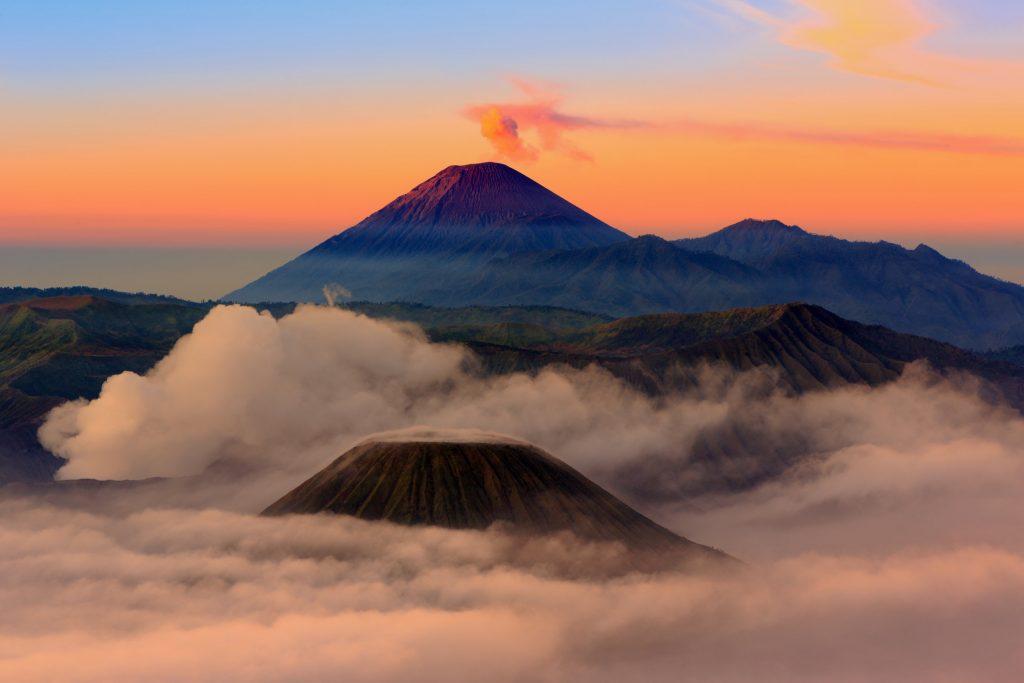 7 Tempat Mendaki Terbaik di Jawa Timur 3