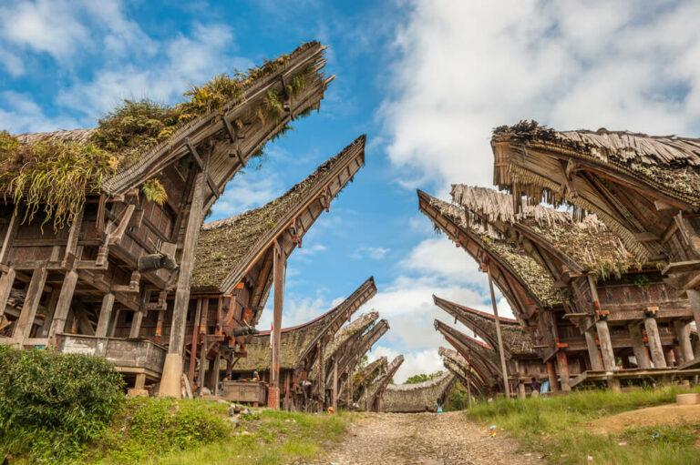 8 Tempat Wisata di Sulawesi Selatan dengan Panorama Menawan yang Sulit Dilupakan 1