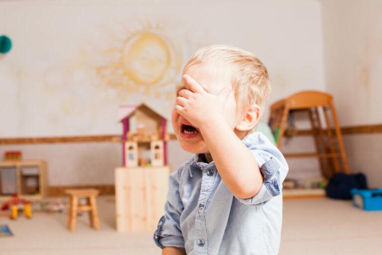 Anak Balita Mengamuk? Ini Penyebab & Cara Mengatasinya 1
