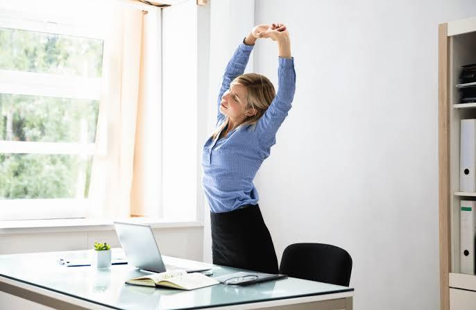 Takut Bungkuk? Ini 5 Tips Untuk Memperbaiki Postur Tubuhmu 3