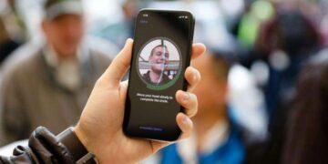 7 Aplikasi Pengenalan Wajah Terbaik untuk Android 30