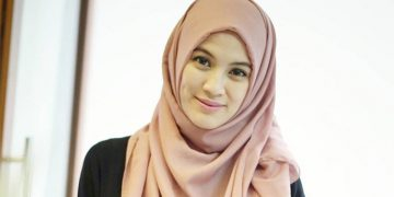 5 Aktor Indonesia yang Gak Cocok Meranin Penjahat 24