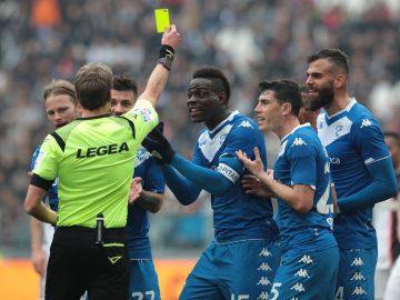 7 Pemain Sepakbola yang Terkenal Barbar, Berani Lawan? 15