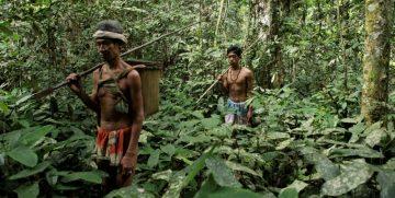Beberapa Suku di Indonesia Yang Terpinggirkan 1