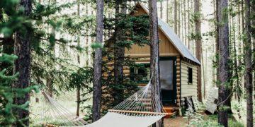 Suka Berwisata di Alam? Kunjungi Saja 10 Destinasi Ini 31