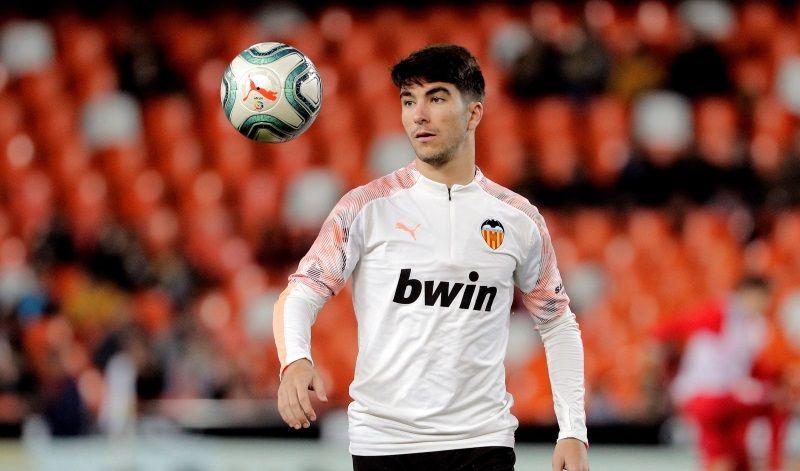 Butuh Gelandang Kreatif, Arsenal Bidik Soler dari Valencia 3