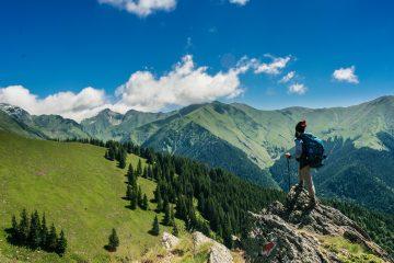 10 Destinasi Liburan untuk Wisatawan Petualang 1
