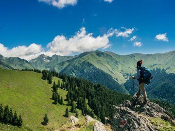 10 Destinasi Liburan untuk Wisatawan Petualang 16