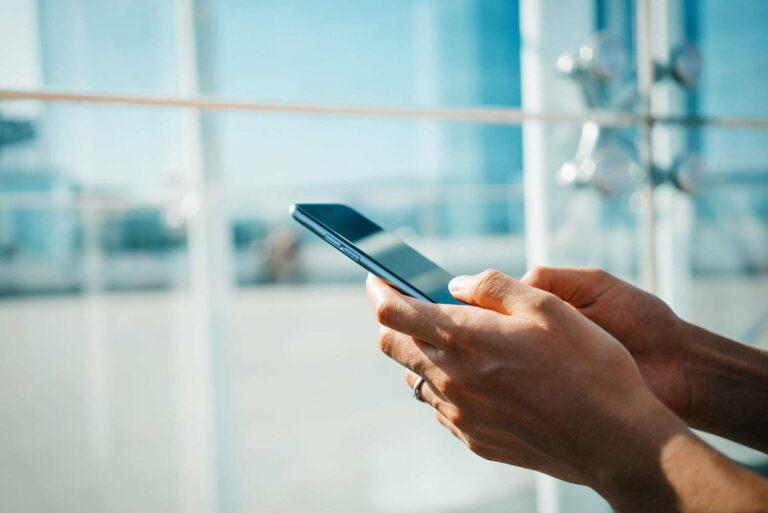 Cara Merawat Handphone Android Agar Tahan Lama & Tidak Mudah Rusak 1
